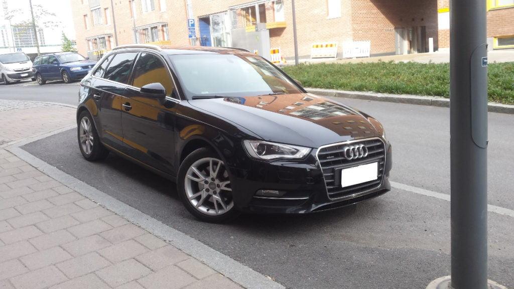 Audi A3 tummennuskalvot