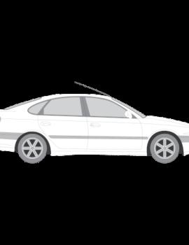Avensis 5-ovinen liftback